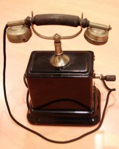 ericsson telephone 1900